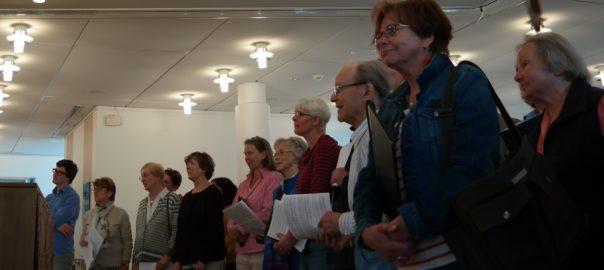 Die Kantorei Broder Hinrick singt zum 90. Geburtstag